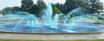 Kansas City Fountain Dyed Blue for Victory!